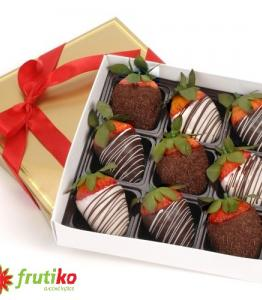 Strawberry box 9 pieces