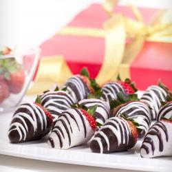 Strawberries in chocolate
