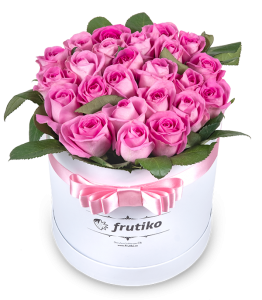 Oval Pink Roses Box