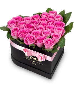 Pink Roses Black Heart Box